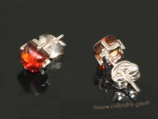 ae005 Nature square shape amber earrings in sterling silver stud