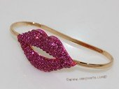 FSB001  Gold Tone Rhinestone  Sex Appeal Red Lip Kiss Hand Palm Bracelet Bangle
