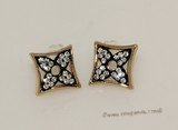 FSE017 Flower Design Fashion Stud Earring In Gold Tone Ally Metal