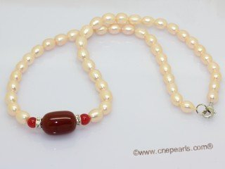 pn791 Single strands potato pearl necklace with red agate beads