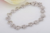 SSB037 Beautiful Sterling Silver Cubic Zirconia Heart Mom Bracelet