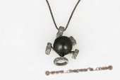 thpd061 contemporary styled  9-10mm  Round tahitian Pearl Pendant