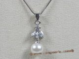 app010 Sterling white 7.5-8mm akoya pearl pendant with zircon beads