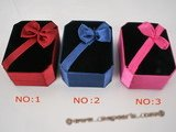 box032 20pcs Three colors Velvet Square  trinket boxs wholesale