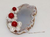 brooch119 Trendy flower design mother of pearl shell brooch in wholesale