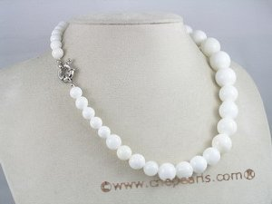 cn017 Gradual change Deep sea tridacna single necklace