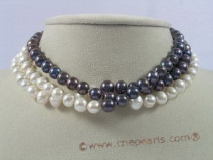 cn107 triple strands cultured pearl & coral Multi-