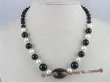 gsn024 12mm  round onyx alternat with potato pearl necklace