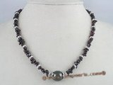 gsn026 garnet beads & 10mm black sea shell pearlnecklace