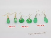 je038 Silver tone jade green color gemstone earring
