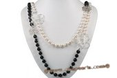 mpn322 Elegant Flower Hand knotted White and Black Layer Necklace
