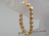 pbr026 hand knitted one rows cultured Freshwater Pearl stretch bracelet
