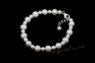 Pbr430 Hand Knotted White Cultured Pearl Intervals Bracelet
