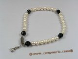 petc001 Elegant cultured pearl and crystal pet collars