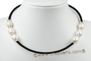 pn516 Black rubber cord necklace with 12-14mm chunky rice pearl
