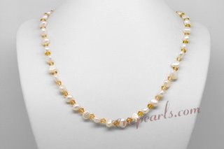Pn593 Hand Strung White Nugget Princess Necklace with Yellow Crystal