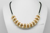 Pn642 Freshwater Pearl Necklace with 4-5mm Potato White Pearl and Yellow Crystal