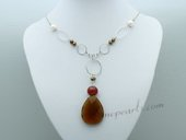 Pn660 Hand Warped Cultured Pearl Necklace with Crystal Pendant