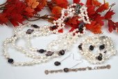 pnset540 Elegant White Dancing Pearl with Shell Beads Spring jewelry set