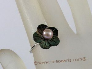 pr017 Silver carve flower design shell ring combine with bread pearl