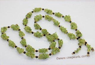 rpn470 Stylish olivine rope neckace with 4mm agate beads