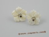 SE011 18mm white carve flower design shell sterling studs earrings
