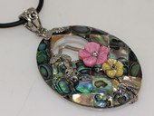 sp180 Trendy flower design mother of pearl shell pendant necklace in wholesale