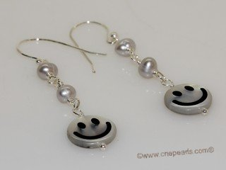 spe592 Hand Wired Freshwater Pearl with smile face shell  Sterling Earrings