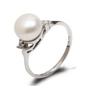 Spr165 Pretty White Freshwater Pearl Sterling Silver Ring