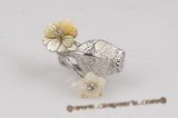 sr009 Designer Flower Shell Silver-toned Adjustable Ring