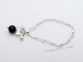 stcbr005 Cultured pearl& Faceted Aagte Silver toned Chain Bracelet