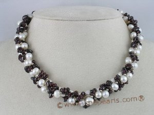 tpn043 Three twisted strands potato cultured pearl necklace with garnet