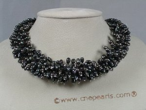 TPN098 cultured pearl choker necklace in black color