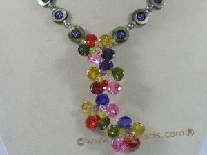 ZN051 Cultured seed pearl& multicolor zircon layer flower pendant necklace